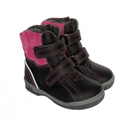 Juodi mergaitiški žieminiai batai plačiai pėdai
