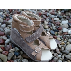 Orthopedic sandals for a boys and girls